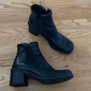 Ecco Black Leather Waterproof Booties